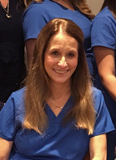 Dr Carrie Shrader